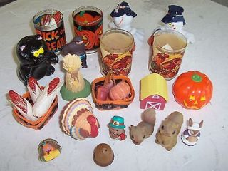 PRE OWNED JUNK DRAWER HALLOWEEN/THANKSGIVING COLLECTIBLES