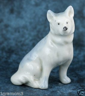 Vintage Miniature Porcelain Blue & White Husky Type Dog Figurine Made