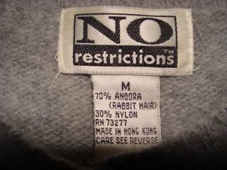 Gray Fuzzy 70 % Angora Sweater M