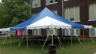 USED 30 X 30 COMMERCIAL PARTY TENT WEDDING EVENT CANOPY POLE TENT BLUE