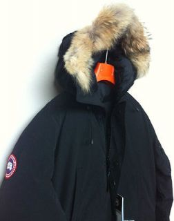 canada goose in Mens Clothing