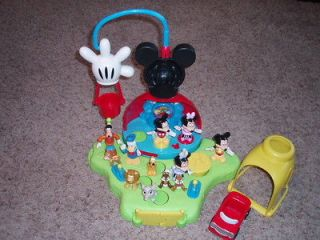 Disney Mickey Mouse Talking Surprise Clubhouse Playset Balloon and