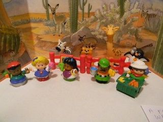 Fisher Price Little People Petting Zoo animals and accessories