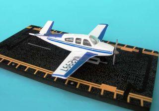 Hotwings V Tail Beechcraft Bonanza Die cast model Trading Card Runway