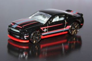 Hot Wheels 2010 Ford Shelby GT 500 Super Snake Mustang