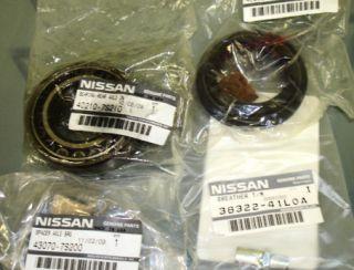 Nissan Titan Armada Rear Wheel Seal and Bearing Kit