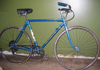 Peugeot Road Bike 10 Speed 27 inch Wheels Light Weight 1970S