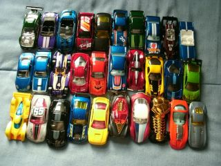 Lot of 30 Loose Hot Wheels Cars Chevy Ford