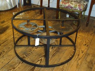 Industrial Coffeetable with Wheels and Gears