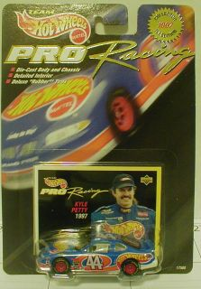 Hot Wheels Pro Racing 1997 Collector 1st Edition 44 Grand Prix Kyle