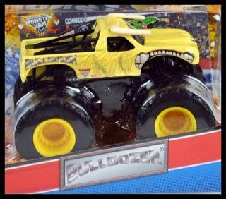 2012 Hot Wheels Monster Jam Truck Bulldozer w Topps Card 1 64