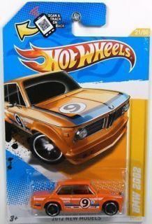 02Tii E10 INKA RACE CAR HOT WHEELS 1 64 NEW 2012 MODEL 1968 1975 NIB
