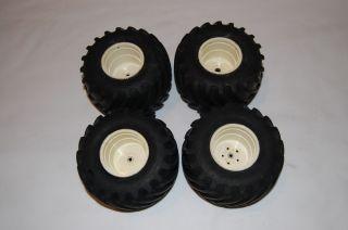 Tamiya Clod Buster Wheels and Tires Tamiya Bullhead