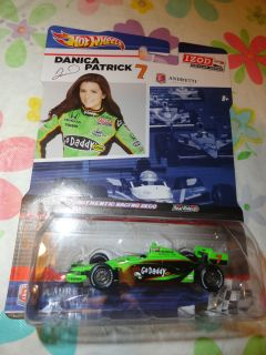 Hot Wheels Indy Car Series Danica Patrick IZOD Go Daddy 1 64