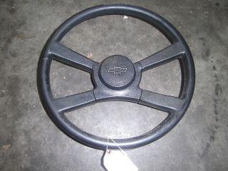 OEM Steering Wheel   88 90 Chevy Truck Suburban Blazer   Bowtie Horn