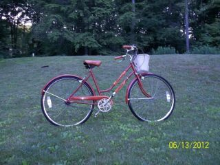 HUFFY 3 speed VENTURE road bicycle with 26 wheels 1960s 70s bike