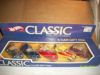 HOT WHEELS VERY RARE CLASSICS FROM 1985 RARE 5 CAR SET NOT MINT IN THE