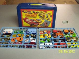 VINTAGE HOT WHEELS CAR LOT WITH CASE 24 CARS FROM 1974 TO 1981 NICE