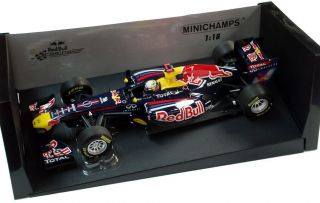 Minichamps 1 18 2011 Red Bull Racing F1 RB7 Sebastien Vettel 110110001