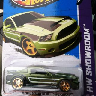 Hot Wheels 2013 Super Treasure Hunt  10 Ford Shelby GT500 Supersnake