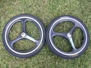 Carbon Fiber 20 Expert BMX Racing Wheels with New Maxxis Tires
