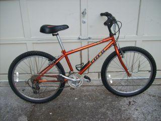 Mountain Track 220 Bike Bicycle 18 Speed 13 5 Frame 24 Wheels
