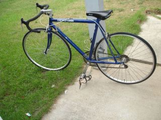 CANNONDALE RACING ROAD BIKE 3 0 ALUMINUM FRAME WITH EXTRA BACK RIM