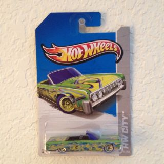 Hot Wheels 2011 Boulevard Series 55 LINCOLN FUTURA CONCEPT White MOC