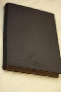 Kobo EReader Touch 1GB, Wi Fi, 6in   Black + GelaSkin + Case